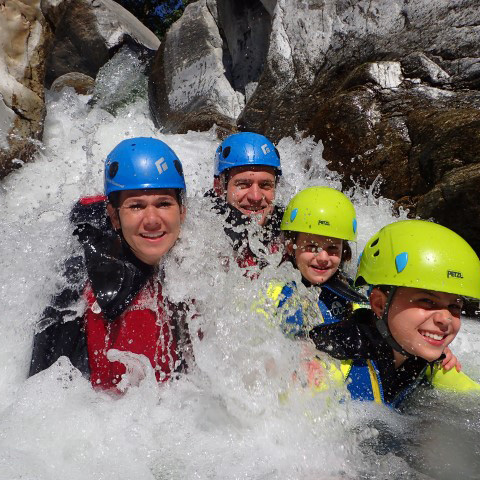 Canyoning en famille Marbella
